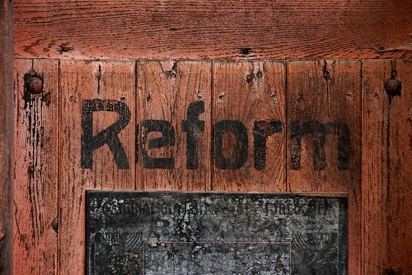 Mängel im Bildungsreform-Paket beheben