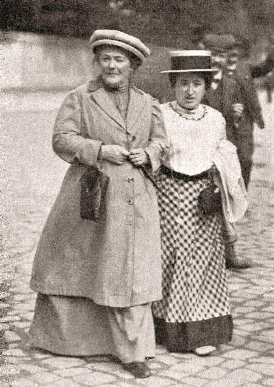 Clara Zetkin mit Rosa Luxemburg, 1910