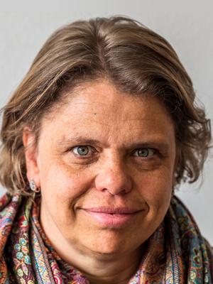 Dr. Barbara Hess