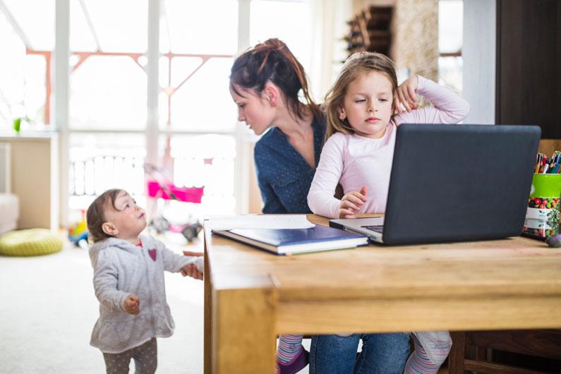 Zur Vereinbarkeit familiärer und beruflicher Verpflichtungen